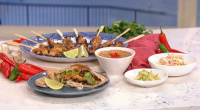Gok Wan served up tasty chicken satays with Asian slaw and cashew butter on This Morning. The ingredients for the satay are: 4 x chicken breast, cut into slithers and...