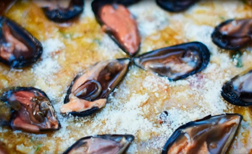 Nonna Linda served up a tasty potatoe with rice and mussels tiella for Jamie Oliver and Gennaro Contaldo on Jamie Cooks Italy. See Jamie' recipes in his book titled: Jamie...