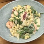 Phil Vickery basil and prawn summer pasta recipe on This Morning