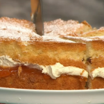 Simon Rimmer sultana sponge with buttercream recipe