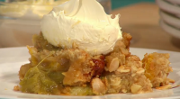 Simon Rimmer served up delicious blood orange and rhubarb crumble on Sunday Brunch. The ingredients are: 450g rhubarb, 125g sugar, 2 blood oranges, peeled and cut into rounds, Juice of...