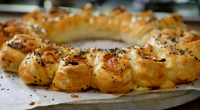 Nadiya Hussain served up a tasty breakfast turkey ham and cheese crown sausage roll with tomato ketchup on Nadiya's Family Favourites. The ingredients are: 2 x 320g packets ready-rolled puff...
