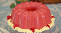 Prue Leith showcased her raspberry blancmange and langues de chat biscuits on the Great British Bake Off 2018. The ingredients are: 8 gelatine leaves, 750g raspberries, 50ml raspberry liqueur, 25g...