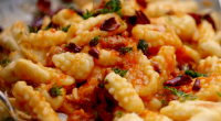 Jamie Oliver served up spicy sausage and sweet peppers pasta with a chilli and tomato sauce on Jamie Cooks Italy. The ingredients are: 400g durum wheat flour or fine semolina...