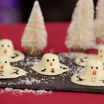 Kirstie Allsopp snowman chocolates with marshmallows recipe on Kirstie's Handmade Christmas