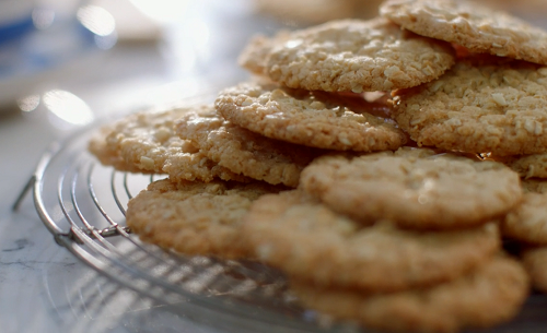 Mary Berry Spiced Ginger Oats Biscuits With Semolina