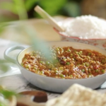 Angela Griffin lamb mince curry with peas recipe on John and Lisa's Weekend Kitchen