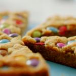 Nadiya Hussain giant chocolate chip pan cookie recipe on Nadiya's Time to Eat