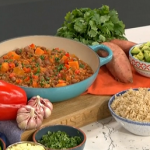Davina Mccall Friday night chilli with pork and black eyed beans recipe on This Morning