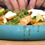 Hairy Bikers chilli con carne with dark chocolate one pot recipe on This Morning