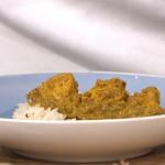 Nisha Katona Friday Night chicken korma with fried rice recipe on This Morning