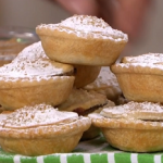 Phil Vickery homemade mince pie with satsuma skins, clotted cream and brandy butter recipe on This Morning