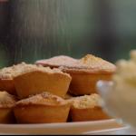 Lisa Faulkner mince pies three ways recipe on John and Lisa's Weekend Kitchen