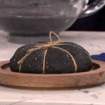 Heston Blumenthal explosive bread bake with carbon and prawns recipe on This Morning
