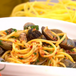Isaac Carew spicy salami spaghetti with clams, vodka and Nduja recipe on This Morning