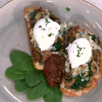 Ainsley Harriott posh cheese and toast with poached egg and tomato chutney recipe on This Morning