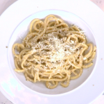 John Torode Cacio e Pepe (cheese with peppercorns and pasta) recipe on This Morning