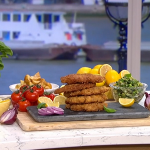 Phil Vickery chicken milanese with Japanese panko breadcrumbs and chopped salad recipe on This Morning