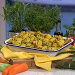 John Torode autumn cottage pie with crispy potatoes recipe on This Morning