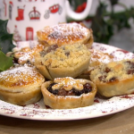 James Martin festive mince pies with brandy and dried mulberries recipe on This Morning