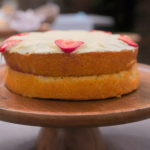 Tom Wilson Victoria sponge with strawberry jam and custard buttercream recipe on Celebrity Best Home Cook