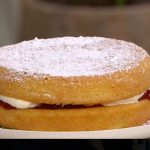 Juliet Sear guilt-free Victoria sponge with no added sugar strawberry jam recipe