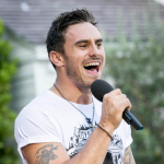 JOSEPH WHELAN at Judges Houses 2013 sings I'll Stand by You by The Pretenders on The X Factor