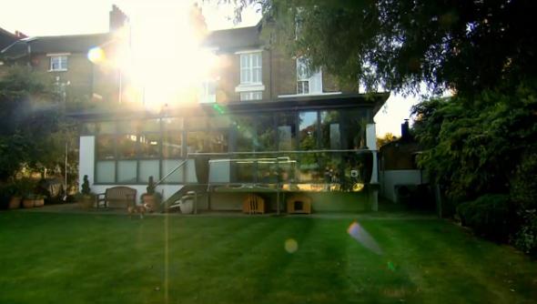 Gordon ramsay s london house on channel 4 gordon ramsay for Gordon ramsay home kitchen