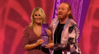 Danielle Armstrong showcased her Essex house and home on Through The Keyhole with Keith Lemon. The TOWIE reality star's mum was at hand to show Lemon around the beautiful Essex […]
