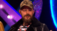 ABZ Love from boyband Five, showcased his country home on Through The Keyhole with Keith Lemon. The singer allowed Keith to how he live in the wild with his chickens, […]