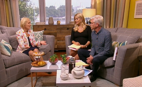 Mary Berry talks about her appearance on 'Who Do You Think You Are?' and share her view on that Baked Alaska incident on This Morning. The queen of baking of […]
