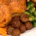 Apricot Chilli and Walnut Stuffing recipe on Let's Do Christmas with Gino and Mel