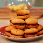 Gino Dacampo chocolate, hazelnuts and chilli Lady Kisses Baci di Dama biscuits recipe on This Morning