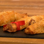 Gino edible Christmas crackers with Chicken and tarragon recipe Let's Do Christmas