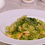 Phil Vickery Alfresco  salmon with pea and basil pasta recipe in just 15 minutes on This Morning