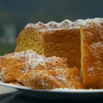 Bernard's Saffron gugelhupf Austrian cake recipe on Home Comforts at Christmas