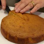 Matt's sugar free diet cake recipe on Food Unwrapped