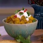 Phil Vickery's tasty veggie potato curry takeaway recipe on This Morning