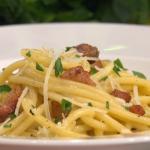 Gino's classic Italian carbonara recipe on This Morning
