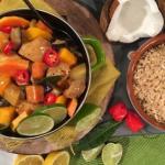 Levi's fruity summer chicken curry recipe on Lorraine