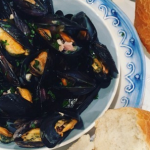 Phil Vickery mussels with bacon and beer recipe on This Morning
