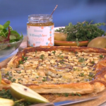Gino's pear with dolcelatte and mascarpone tart recipe on This Morning
