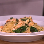 Gino's linguine guilt-free pasta with prawns and spinach recipe on This Morning