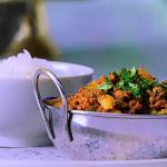 Parveen Ashraf keema aloo mattar recipe on Parveen's Indian Kitchen
