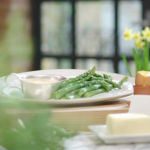 John Torode asparagus with hollandaise sauce recipe on John and Lisa's Weekend Kitchen