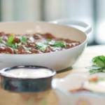 Lisa Faulkner slow-cooked chilli with braising steak, chorizo and dark chocolate recipe on John and Lisa's Weekend Kitchen
