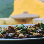 Gino's warm beef salad with hazelnuts recipe on This Morning