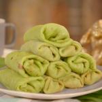 Mandy Yin Malaysian pandan pancakes with palm sugar and coconut recipe on Nadia's Family Feasts