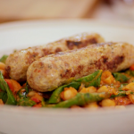Tom Kerridge turkey sausages and beans recipe on Lose Weight and Get Fit with Tom Kerridge