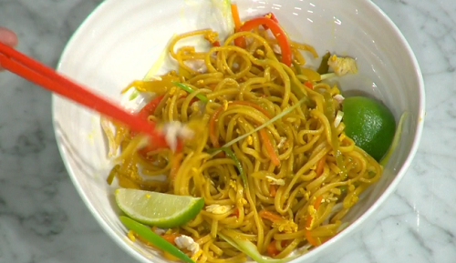 Gok Wan Singapore noodles recipe on This Morning - The ...